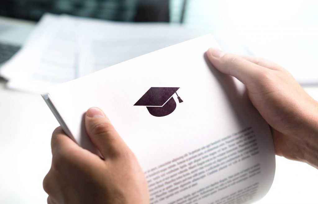 how to write a scholarship letter